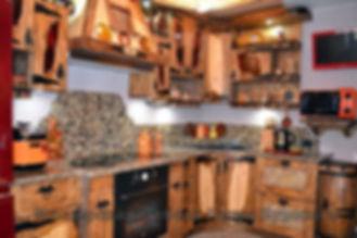 кухня из состаренного дерева, кухня из состаренного дерева купить, кухня из состаренного дерева цена, кухня из состаренного дерева фото, кухня из состаренной сосны