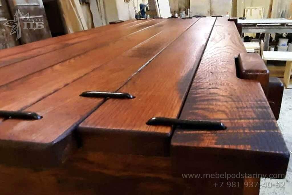 Чайный столик в колониальном стиле