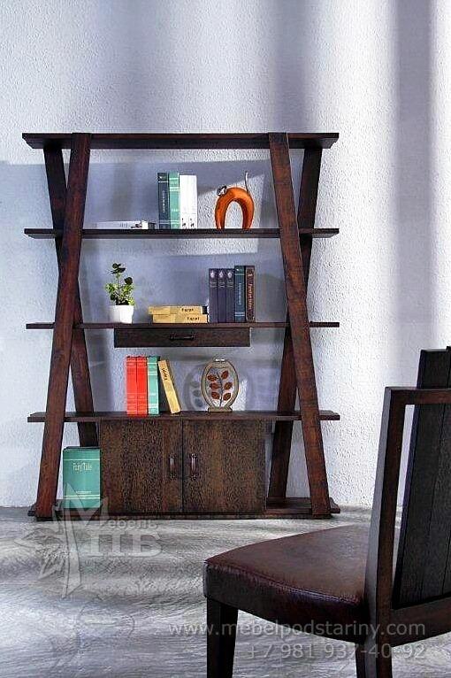 книжный шкаф в колониальном стиле