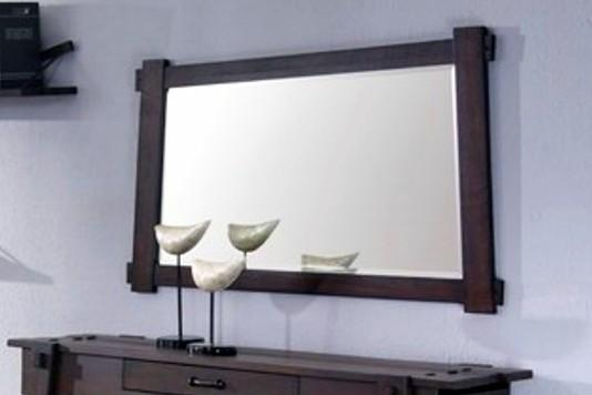 зеркало в колониальном стиле
