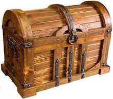 предметы интерьера под старину, деревянные сундуки, деревянные полки, винные полки, часы из дерева, деревянные дровники, деревянные балки, мельницы под старину, деревянные рамы, обрамление каминов под старину, перегородки для кафе, ключницы
