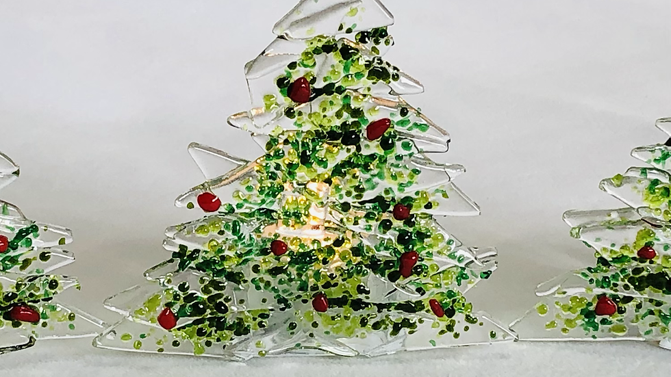 Christmas tree with T-light holder. 11cm high