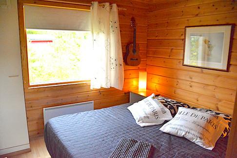 Lumo, makuuhuone .. bedroom .. la chambre