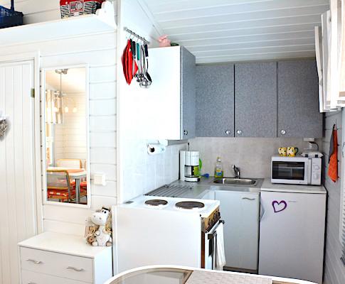 Puolukka, keittiö .. kitchen .. la cuisine