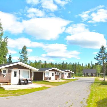 Cottages in summer .. Les maisonnettes en été
