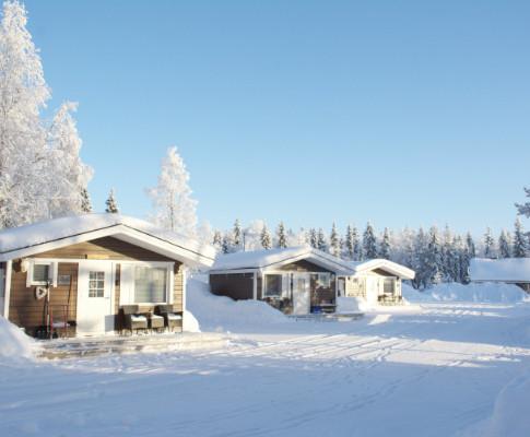 Cottages in winter .. Les maisonnettes en hiver