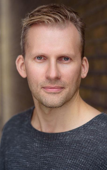 Danny Watts - British Voice Actor
