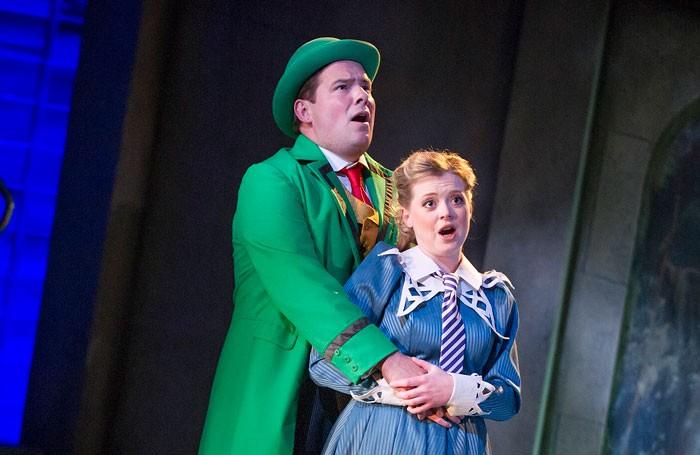 Vert-Vert-Garsington-Opera-428-700x455