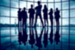 silhouette-confident-businesspeople_1098