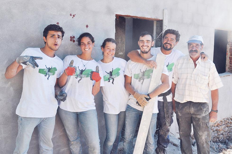 voluntarios alegria amizade.jpg