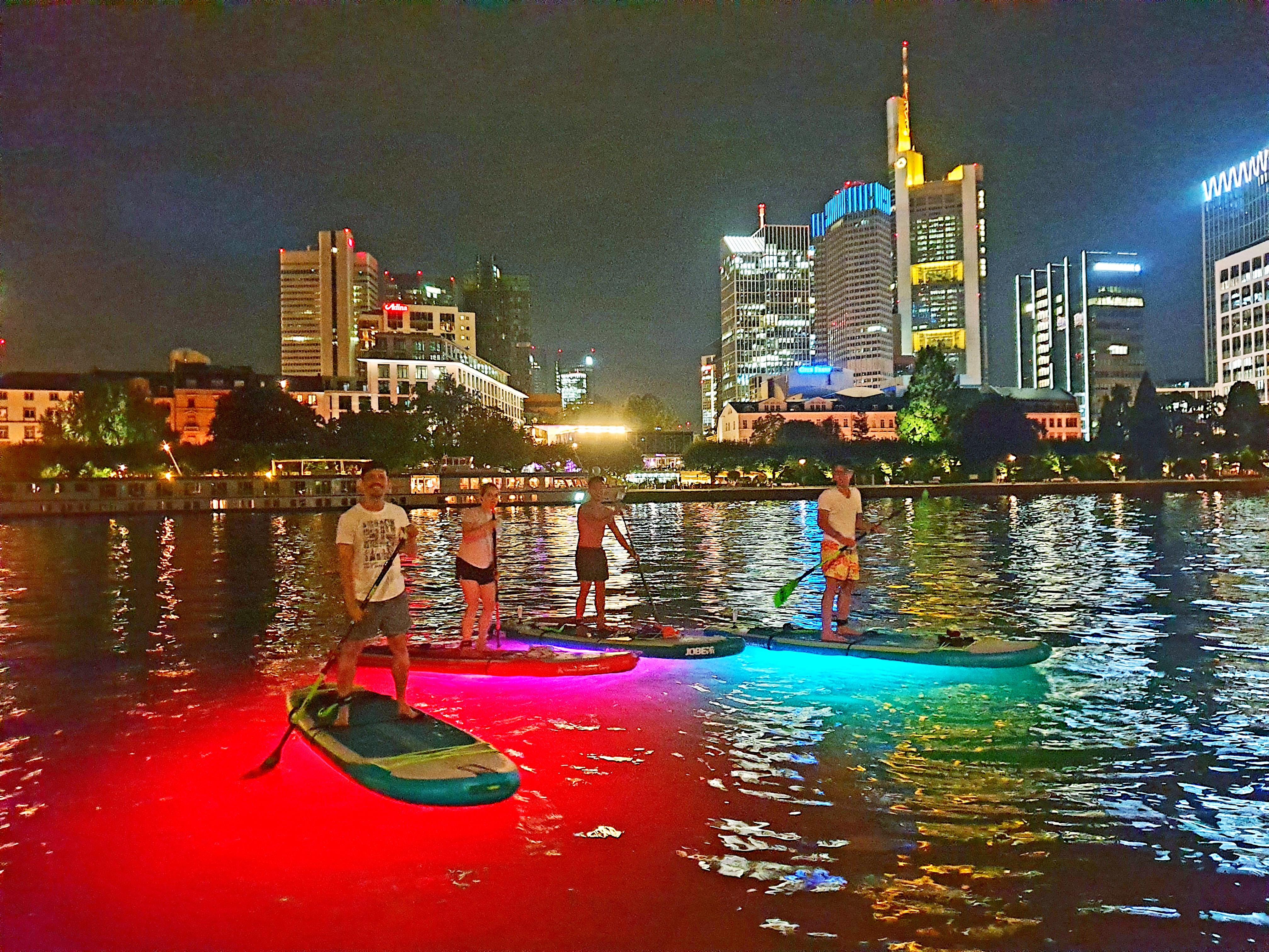 Night SUP LED Tour auf dem Main