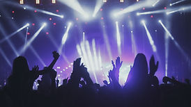 people-dancing-at-concert-75SQ9XG.jpg