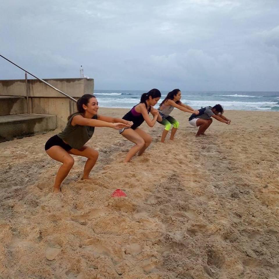 浜辺でクロスフィット!