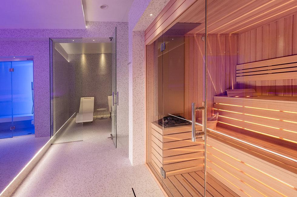 Sauna e area relax.jpg