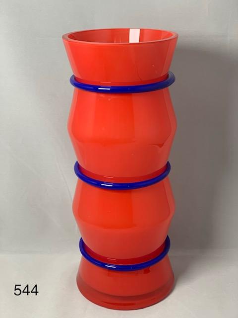 Red Vase/Blue