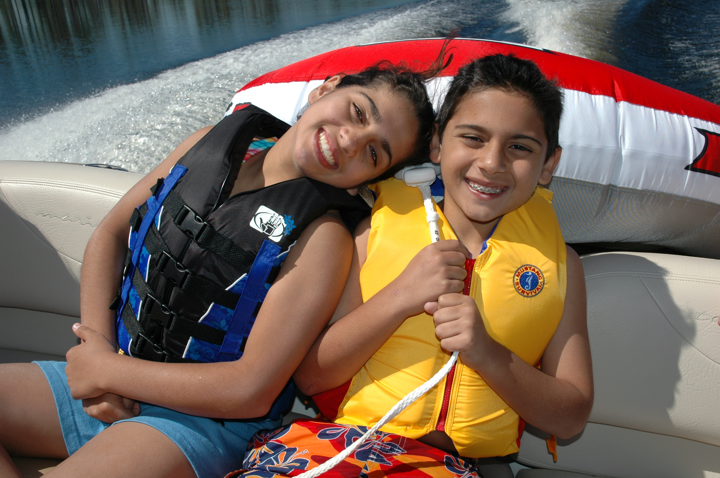 kids with life jackets2