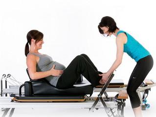 Come può il Pilates aiutarmi durante la gravidanza?