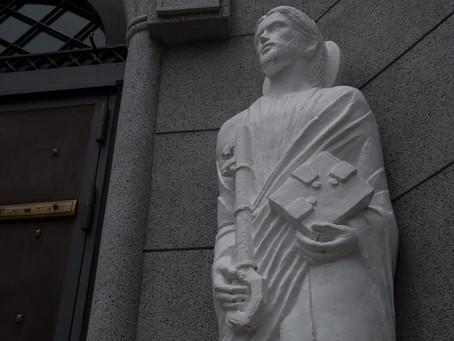 ④:「教会を巡って」