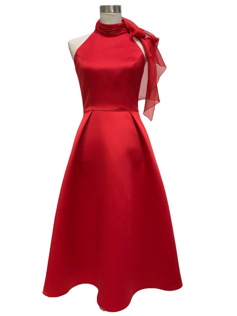 Lola, red, 329€