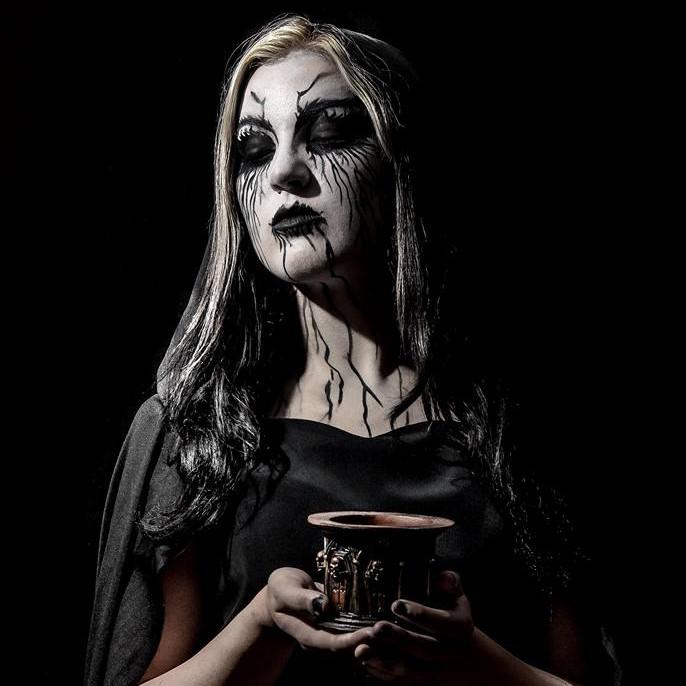 Freaky Goth Mentalist