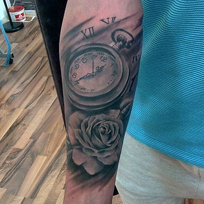 pocket watch and rose tattoo tetovaza
