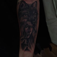 wolf girl tattoo tetovaza