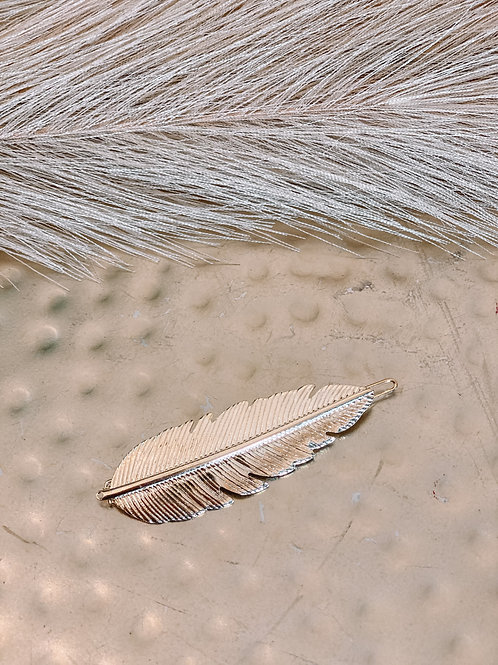 Feather Gold Tone Clip