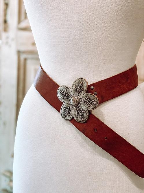 Flowered Buckle Leather Belt