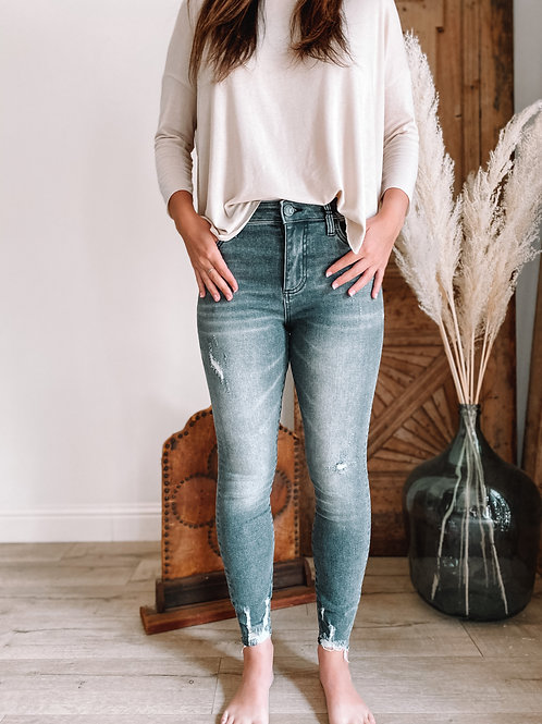 Connie High Rise Slim Fit Ankle Skinny (Eco-friendly Braver Wash)