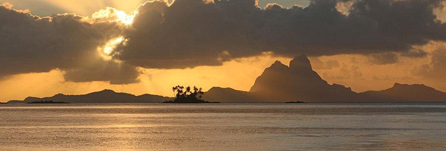 Zonsondergang over Bora Bora