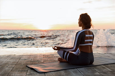 Meditation%20by%20the%20Beach_edited.jpg