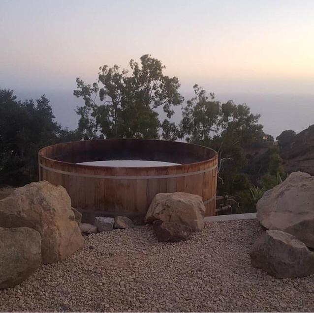 New Cedar Hot Tub.jpg