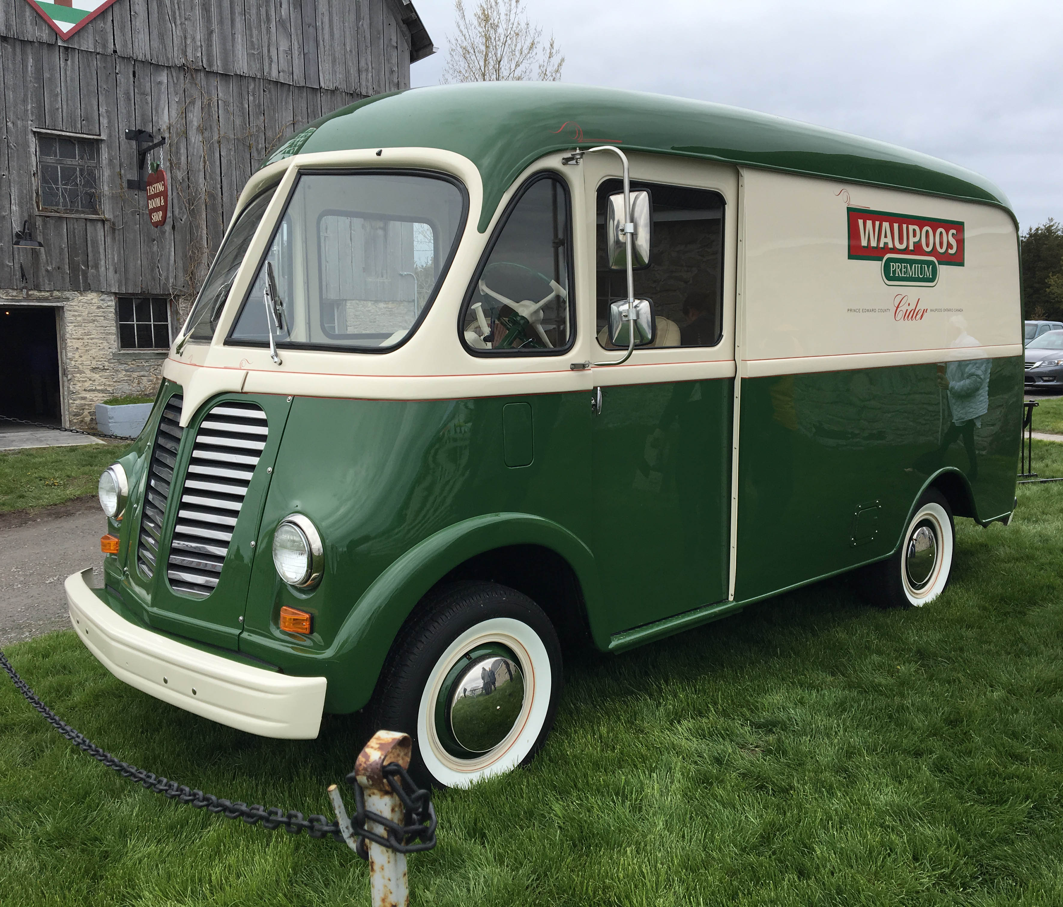 County Cider's Waupoos Wagon