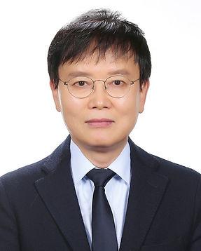 김동호 교수-이과대학 화학-1000827_06_편집본.jpg