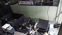 Confocal Microscopy at Low Temperature