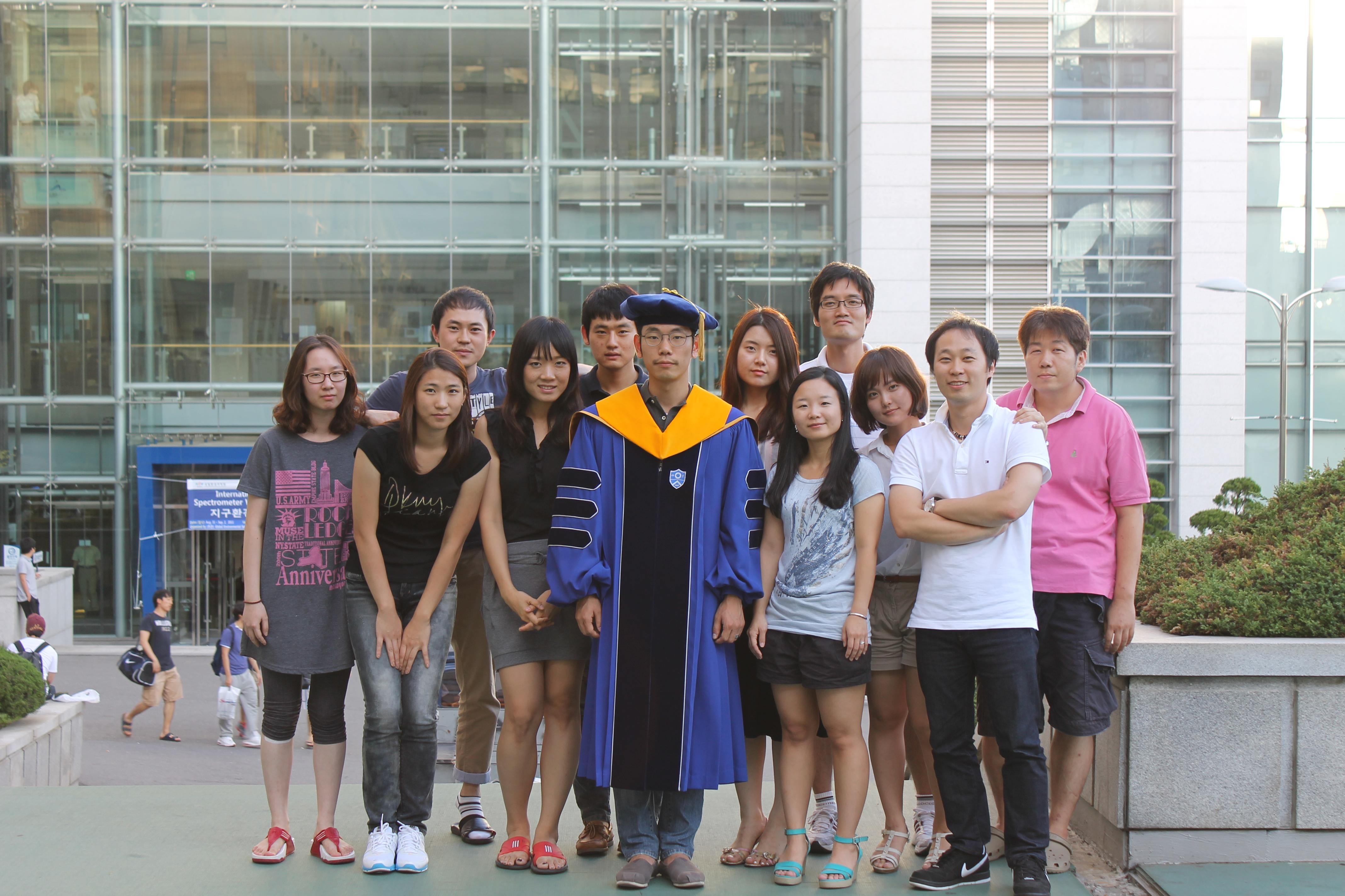 2012_가을졸업_3.jpg