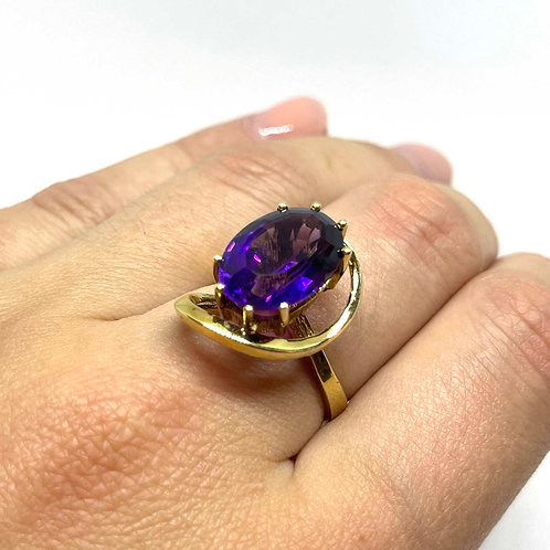 Vintage ring 72
