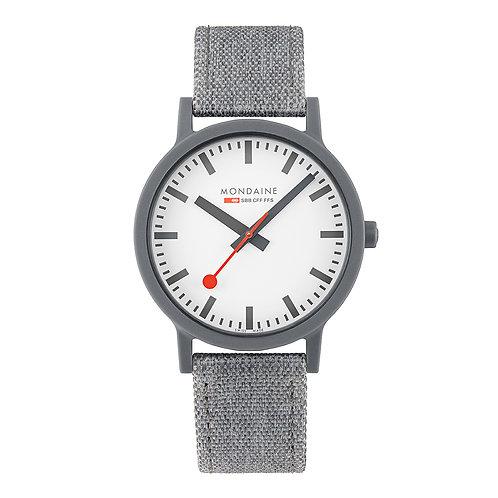 Mondaine horloge MS1.41110.LU