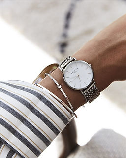 silver-watch-upper-east-side-2_4dbe92ac-