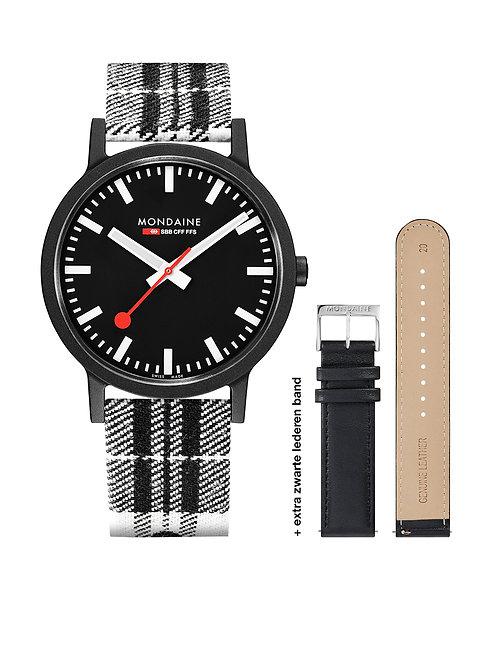 Mondaine horloge MS1.41120.LB