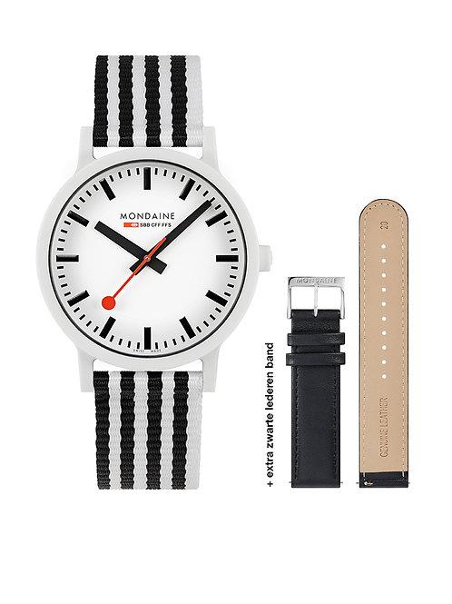 Mondaine horloge MS1.41110.LA
