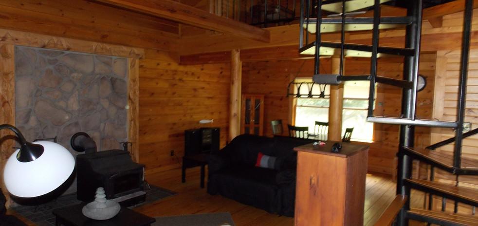 cabin inside 1.jpg