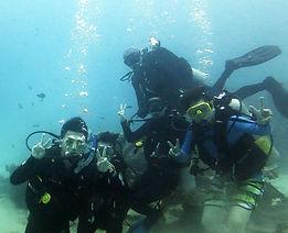 jiaxuan diving.jpg