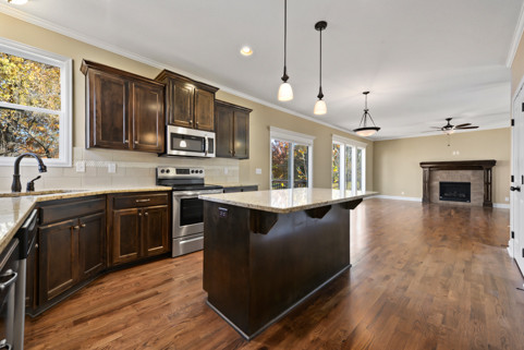 1017 Forest Ridge, Blue Springs_Picture