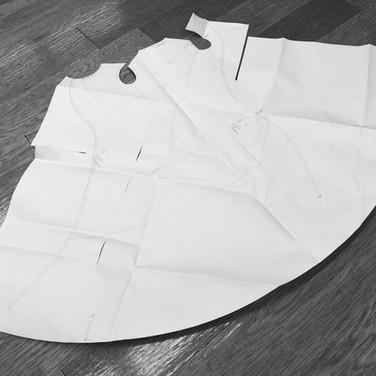 "concept 7 ""ONE-PIECE-OF-CLOTH"" Eveving Dress_04"