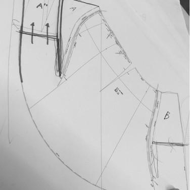 "concept 3 ""ONE-PIECE-OF-CLOTH"" Bias-cut Skirt_04"