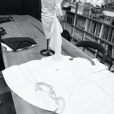"concept 7 ""ONE-PIECE-OF-CLOTH"" Eveving Dress_03"