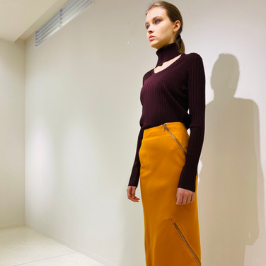 """concept 5 """"TWO-PIECE-OF-CLOTH"""" Spiral Bias Seamed Skirt_01"""