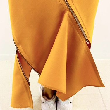 """concept 5 """"TWO-PIECE-OF-CLOTH"""" Spiral Bias Seamed Skirt_05"""