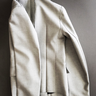 "concept 8 ""ORIGAMI"" Garment-pressed Jacket_02"
